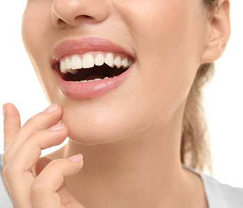 How Are Porcelain Veneers Applied to Teeth in Brentwood area image 2